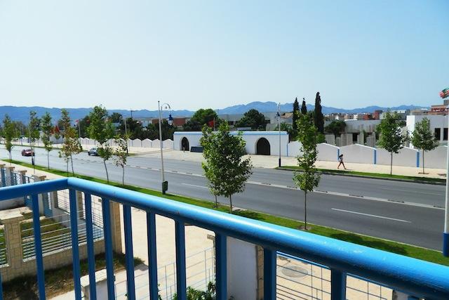 villa vue sur la rue