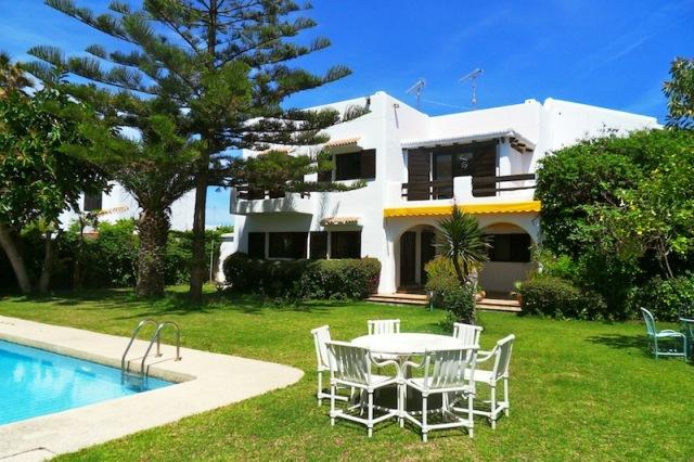 villa avec jardin privé