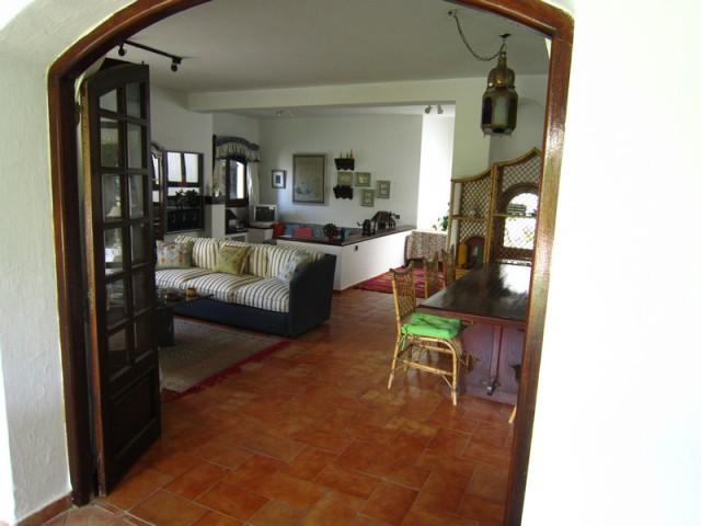 entrée d'une villa a cabonegro