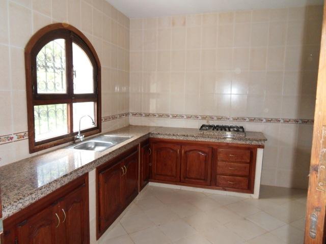 cuisine avec placard d'une villa