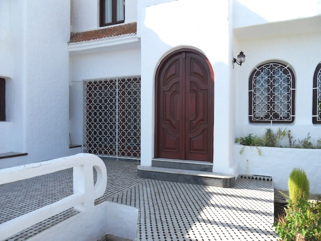 porte principale d'une maison