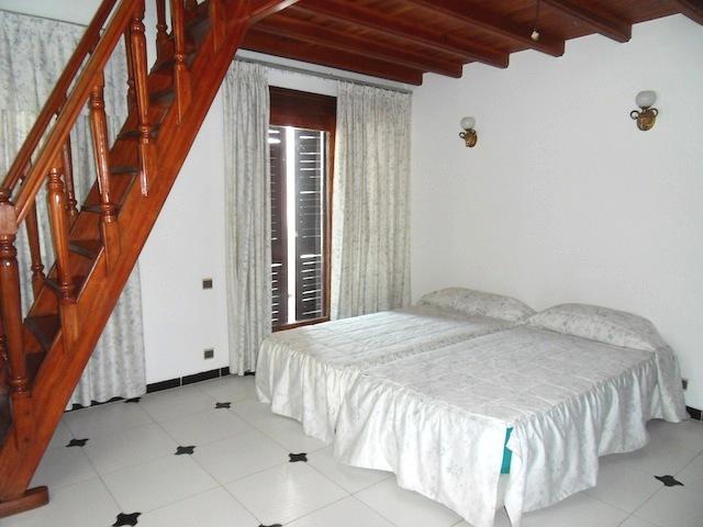 chambre avec deuc lits