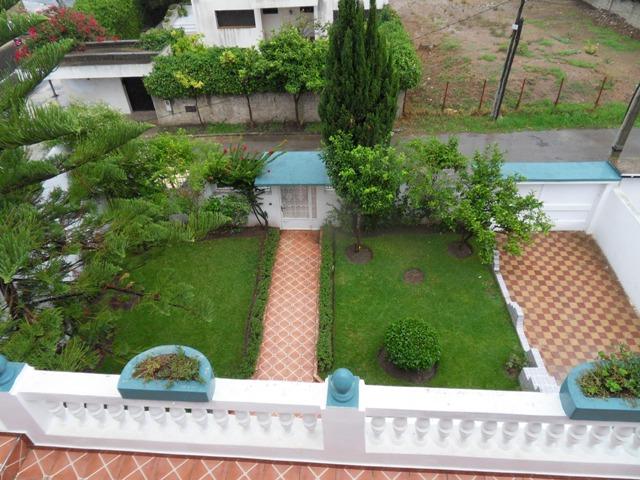 vue de toit a le jardin de villa