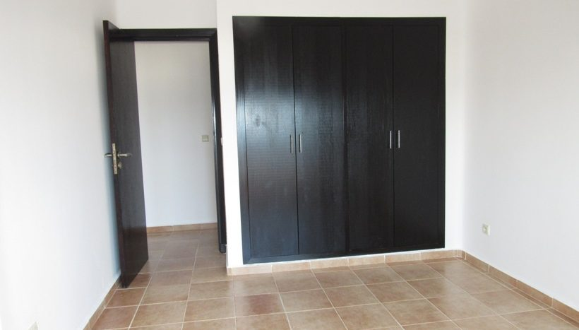 chambre avec placard de l'appartement a vendre