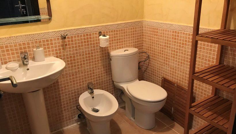 salle d'eau de l'appartement a vendre